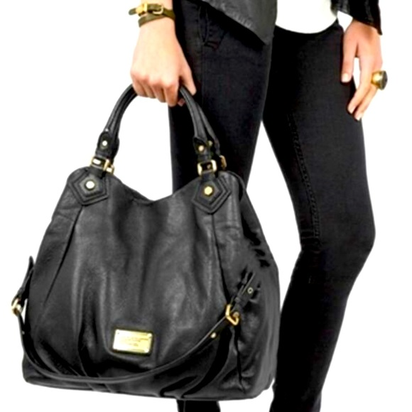 Marc By Marc Jacobs Handbags - {LIKE NEW} Marc by Marc Jacobs Huge Francesca Navy